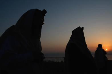 Orthodox Jews praying Birkat Hachama Blessing of the Sun