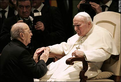 Marcial Maciel Degollado with Pope Paul II