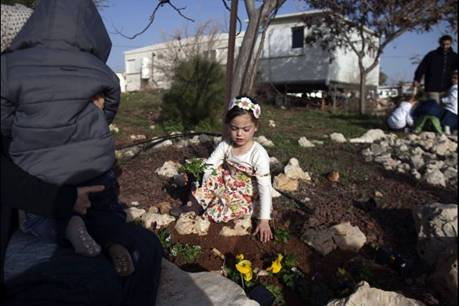 Orthodox Jewish Child in Home Destroyed in Migron