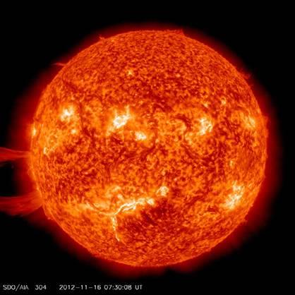 Sun's solar prominence Nov 16, 2012