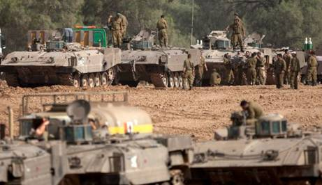Israeli Troops preparing to Enter Gaza