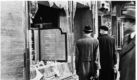 Kristal Nacht Vandalized Jewish Shops Berlin