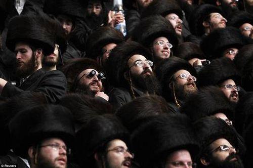 Hasidic Polish Belz Dynastic Wedding010