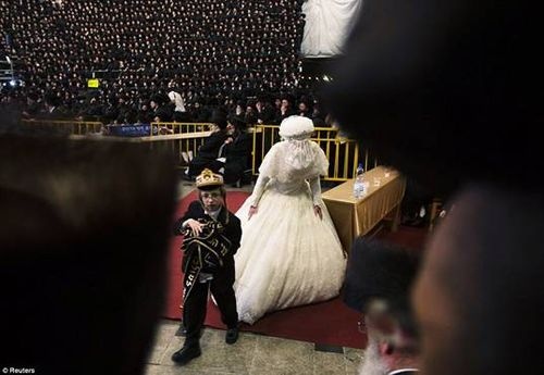 Hasidic Polish Belz Dynastic Wedding018