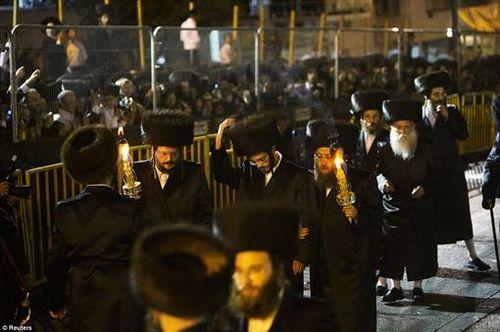 Hasidic Polish Belz Dynastic Wedding014