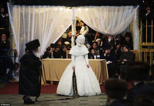 Hasidic Polish Belz Dynastic Wedding011