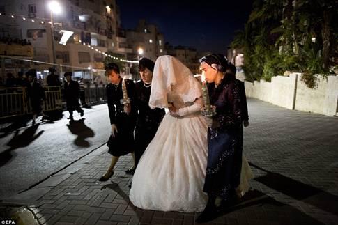 Hasidic Polish Belz Dynastic Wedding001