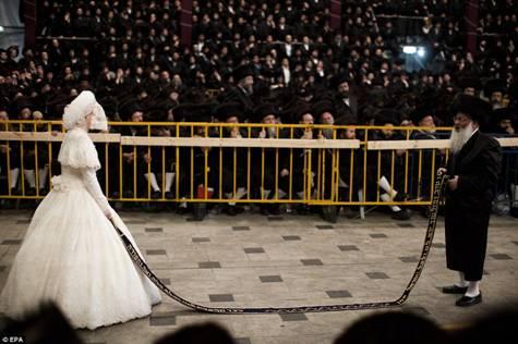 Hasidic Polish Belz Dynastic Wedding005
