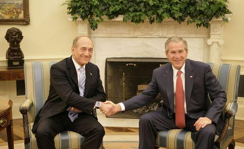 Israeli Prime Minister Ehud Olmert and American President George W. Bush