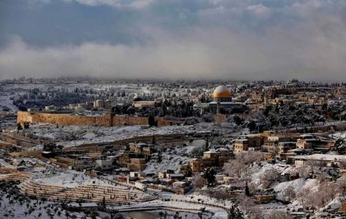 Snow covered the Temple Mount in Jerusalem