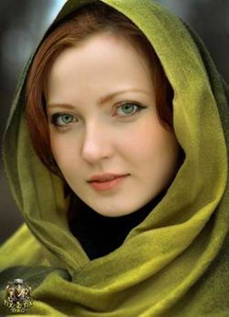 Gaelish Iranian Woman