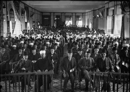 """Mufti of Jerusalem leading a 1929 """"Protest Gathering"""""""
