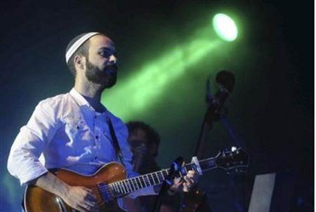 Amir Benayoun sings his hit 'Standing at the Gate,'