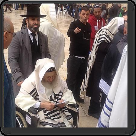 Rabbi Amram Vaknin with his student Gil Nachman
